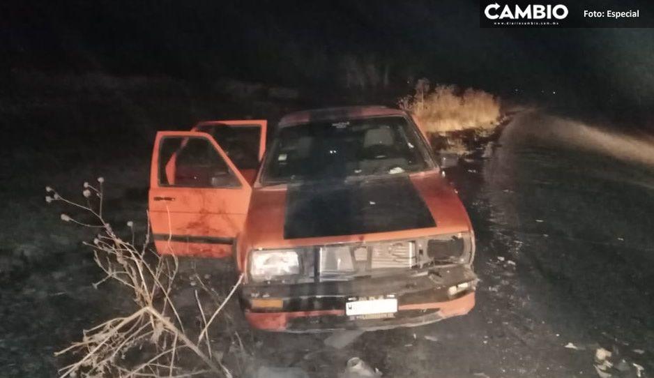 Terrible choque deja a una mujer lesionada y daños materiales en la Tecamachalco-Tochtepec