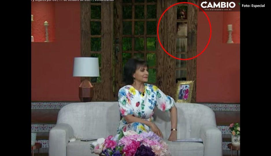 ¡Ay nanita! Captan en VIDEO a presunto fantasma detrás de Pati Chapoy en 'Ventaneando'