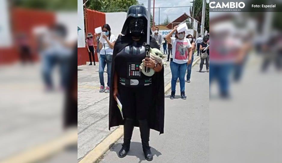 """""""Que la fuerza te acompañe"""" Darth Vader se vacuna vs Covid en San Pedro Cholula (FOTO y VIDEO)"""