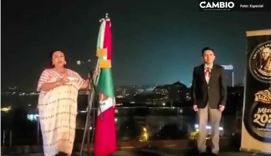 """¡Viva López Obrador!"""", grita cónsul Isabel Arvide en Estambul y asistentes la abuchean (VIDEO)"""