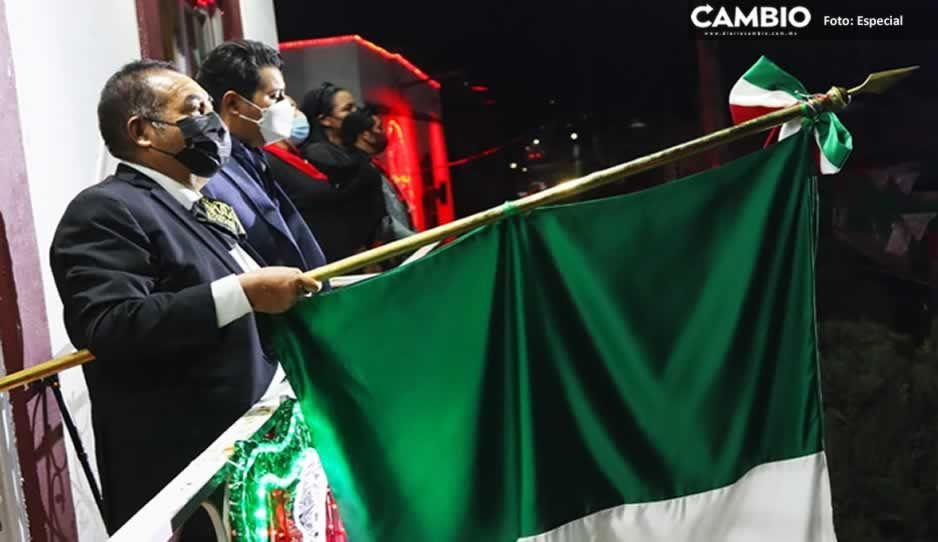 Encabeza Mario de la Rosa Grito de Independencia en Amozoc
