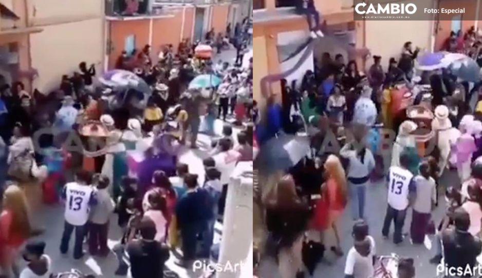 Huehues arman CoviCarnaval en Moyotzingo y Temaxcalac en plena pandemia (VIDEO)