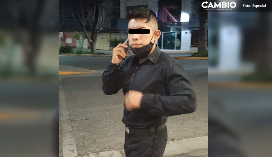¡Por maldito acosador! Novio enfrenta a guardia de seguridad de OXXO que intentó manosear a su pareja