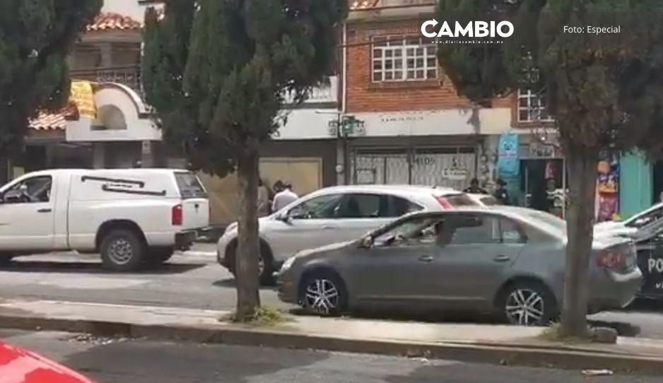 ¡Cardiacazo! Muere de un infarto dentro de su auto en Villa Posadas
