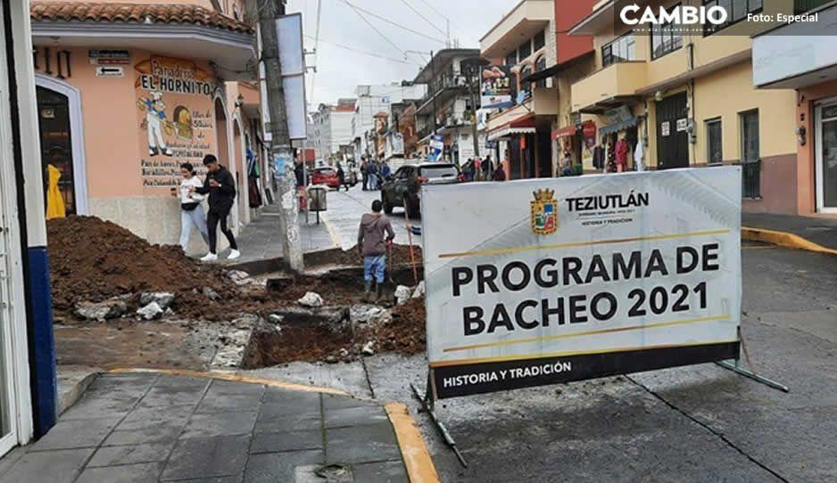 Continúan con el programa de bacheo en Teziutlán