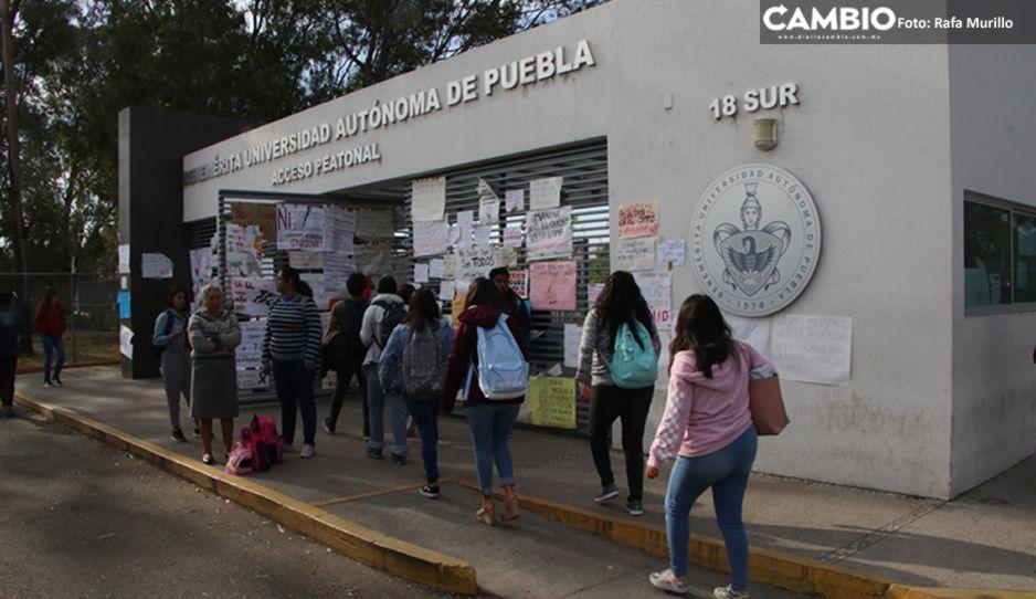 Universitarios de Puebla que realizan clases prácticas y de laboratorio regresarán a las aulas