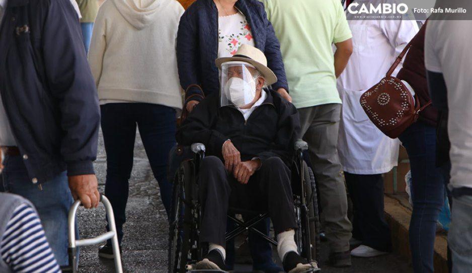 Puebla aplicará CanSino y AstraZeneca a abuelitos de 169 municipios