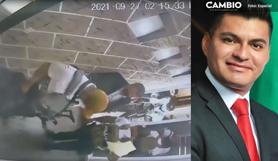 """VIDEO: Así fue como llegaron por el hermano de """"El Toñín"""" a su oficina en Quecholac"""