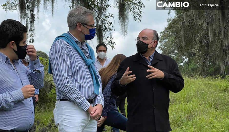 Pepe Márquez y Lenchito se pavonean asumiéndose como alcaldes durante visita del embajador de la Unión Europea