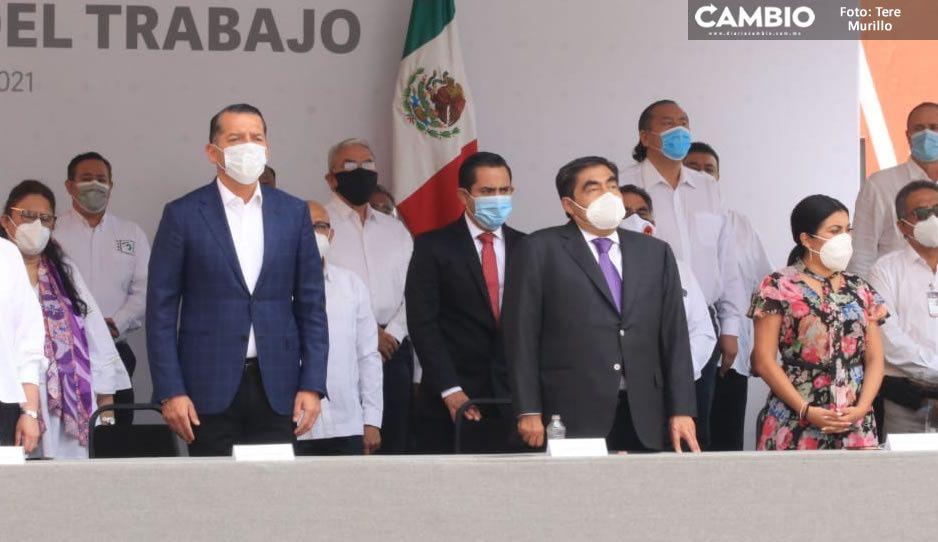 Barbosa encabeza ceremonia por Día del Trabajo