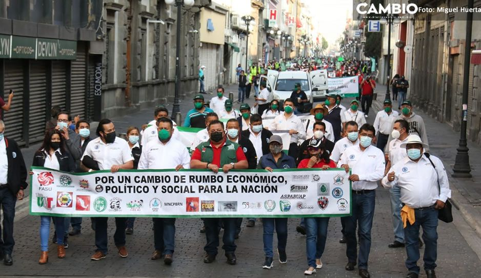Fracasa marcha por el día del Trabajo en Puebla; esperan a 10 mil personas y solo llegan mil