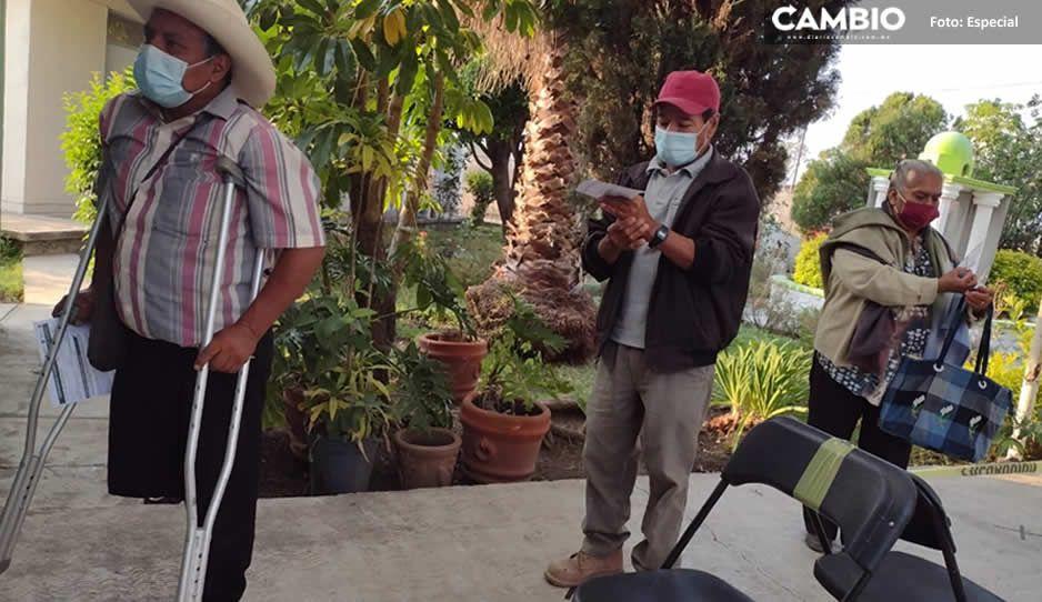 Inicia la vacunación AntiCovid para abuelitos de Atzitzihuacan (FOTOS)