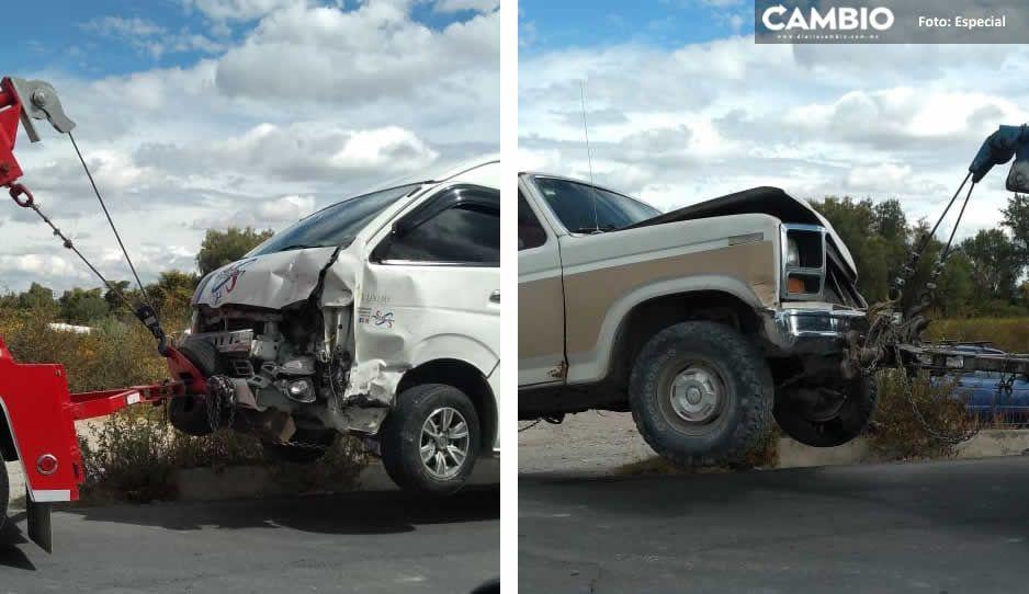Encontronazo entre ruta S1 y camioneta deja daños materiales cuantiosos en Santa Ana Coapan