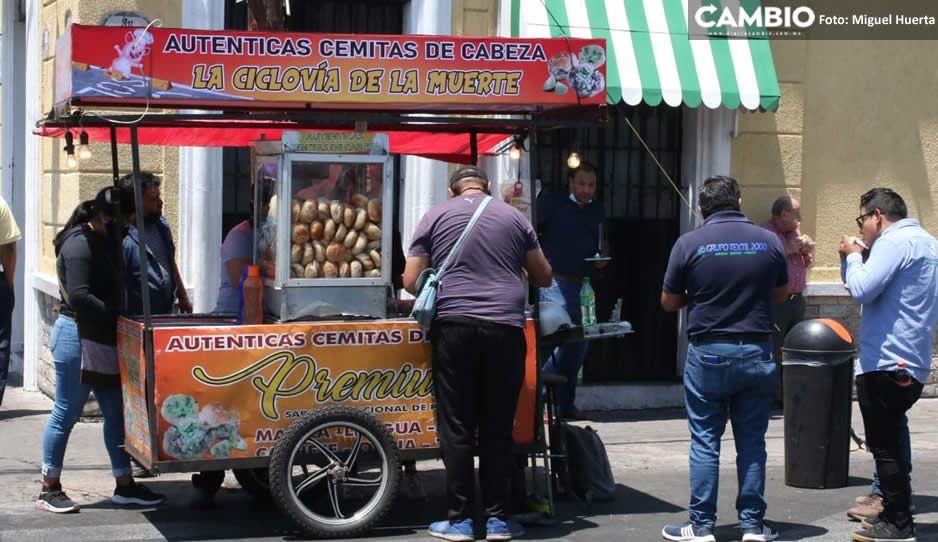 """Ambulantes sacan provecho; instalan carrito de cemitas titulado """"La ciclovía de la muerte"""" (FOTOS)"""