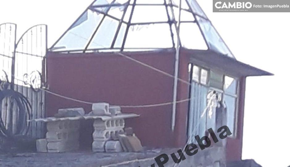 Explota tanque de gas y destruye techo en la colonia Minerales del Sur