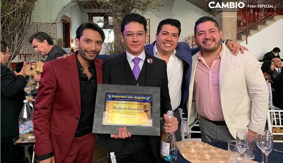 Recibe el politólogo José Luis Ambrosio el Galardón Los Ángeles