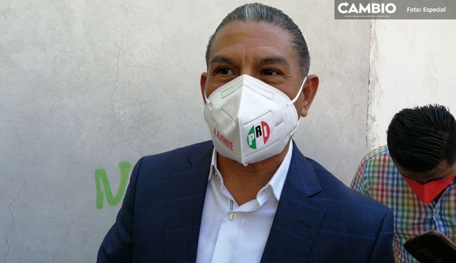 El edil chapulín de Miahuatlán, Héctor Gutiérrez pedirá licencia para dejar su cargo