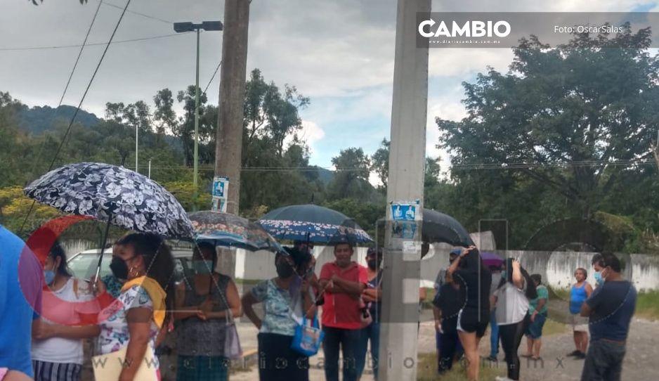 Sí vacunaran a cuarentones en Xicotepec: Llegan 500 vacunas más
