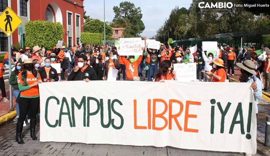 A dos meses de la toma de UDLAP, estudiantes exigen otra vez que liberen el campus (FOTOS)