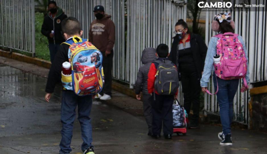 Negativos los casos sospechosos de COVID en escuelas de Puebla: SSA
