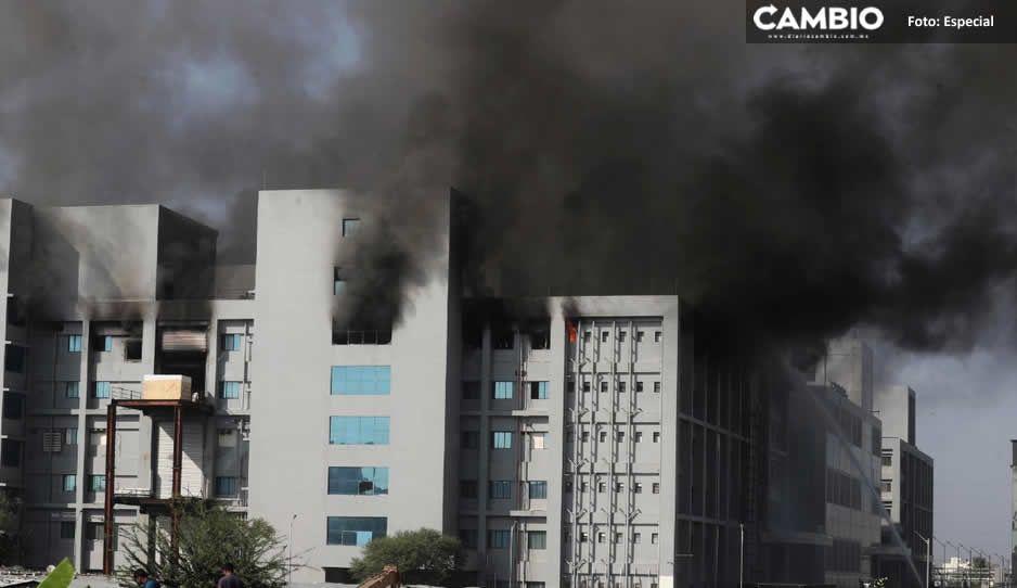 Incendio en la mayor fábrica de vacunas en India deja 5 muertos y varios heridos (VIDEO)