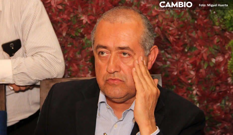 Rafael Núñez compró uniformes de policía por dos millones de pesos a empresa fantasma