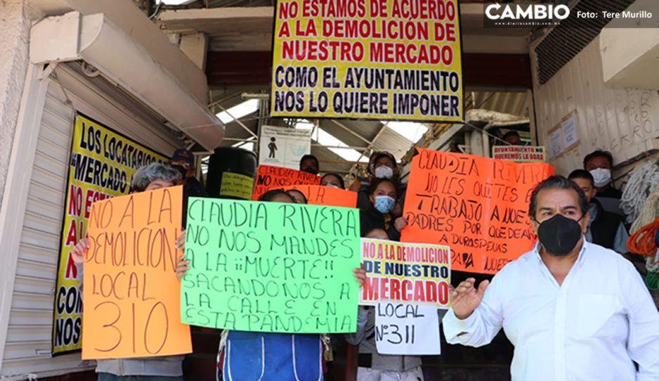 Locatarios rechazan demolición del Mercado Amalucan: Claudia quiere convertirnos en ambulantes