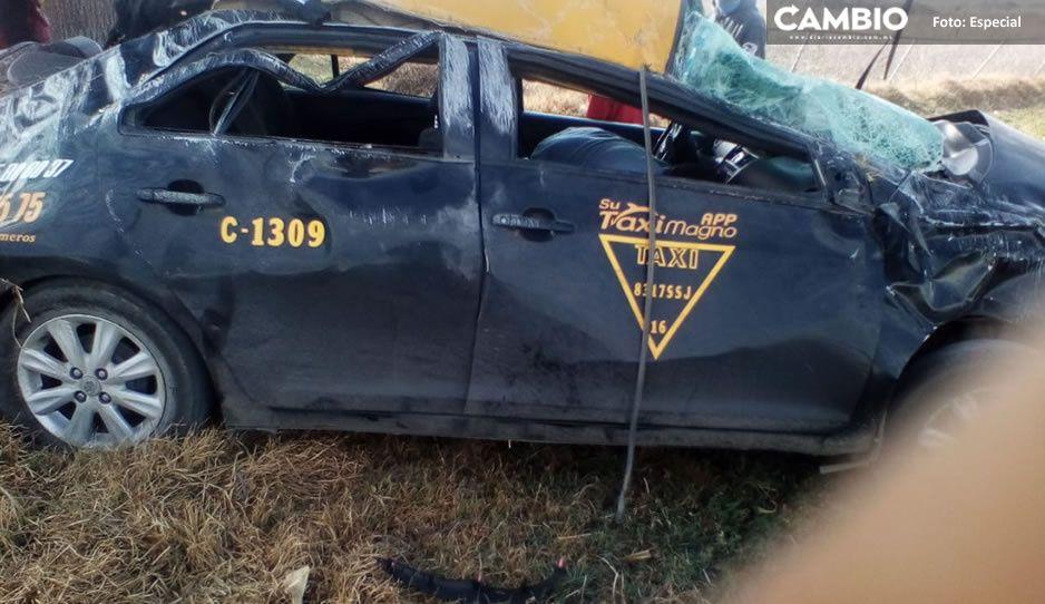 Muere niñita en volcadura de taxi, viajaba en carretera Amozoc-Nautla