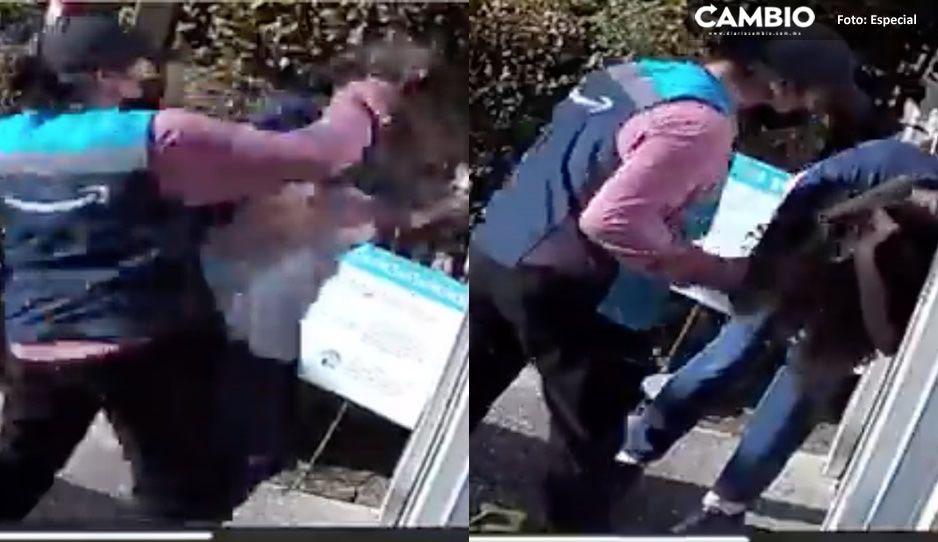 Repartidora de Amazon le da brutal golpiza a abuelita que esperaba un paquete (VIDEO)