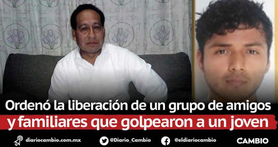 Detienen a Calixto González, alcalde de Tepatlaxco, por abuso de autoridad (FOTOS)