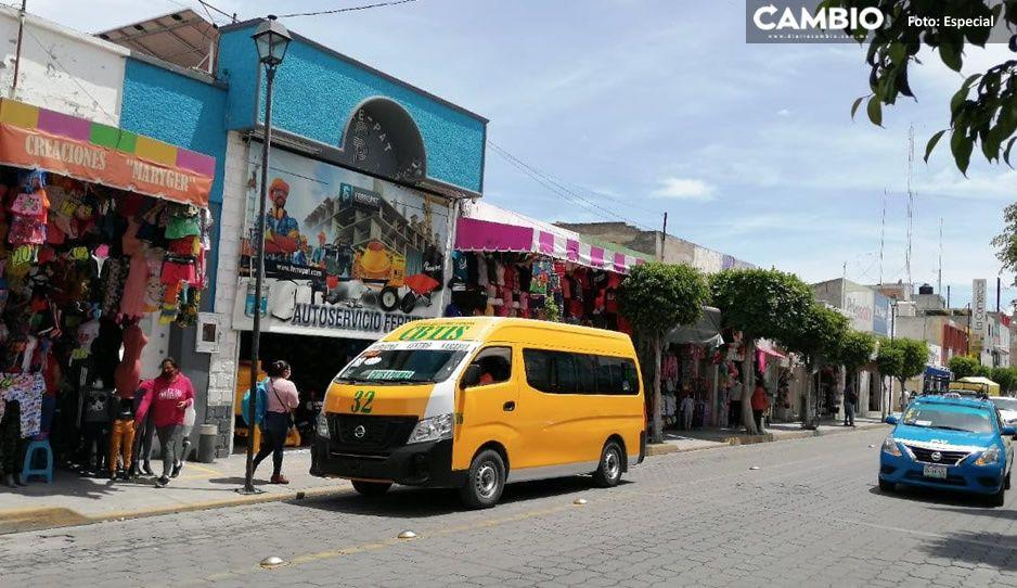 ¡Ya no pueden con la deuda! Devuelven 200 combis en Tehuacán por crisis de Covid