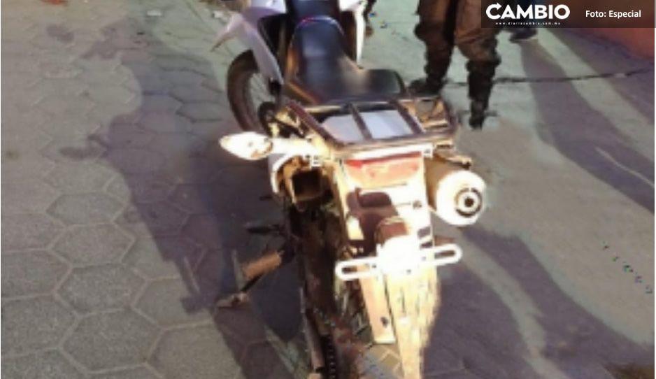 Recuperan motocicleta Honda blanco con negro con reporte de robo en Tecamachalco