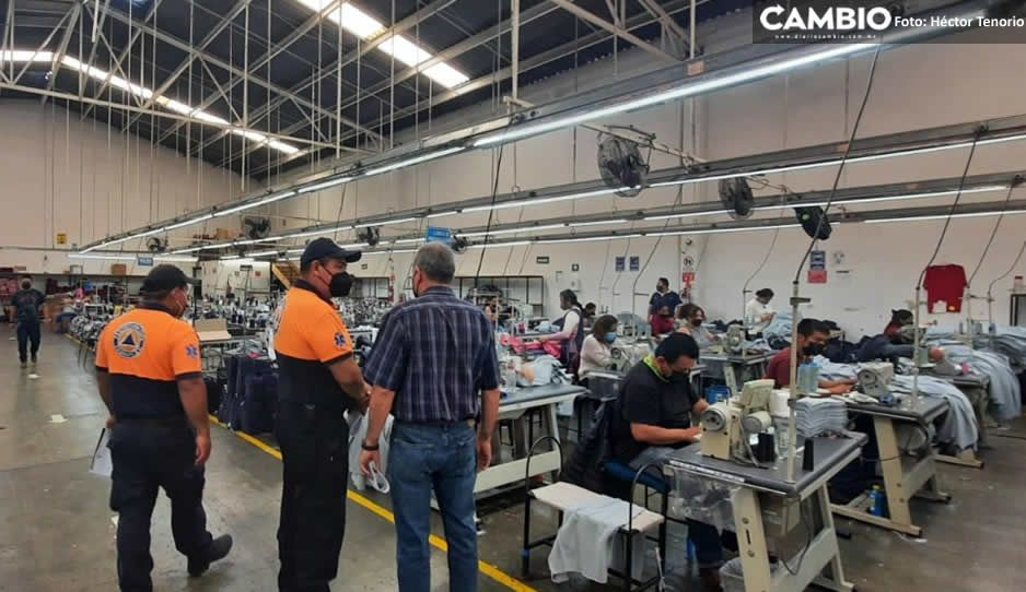 Gobierno de Teziutlán supervisa a empresas maquiladoras para evitar contagios COVID