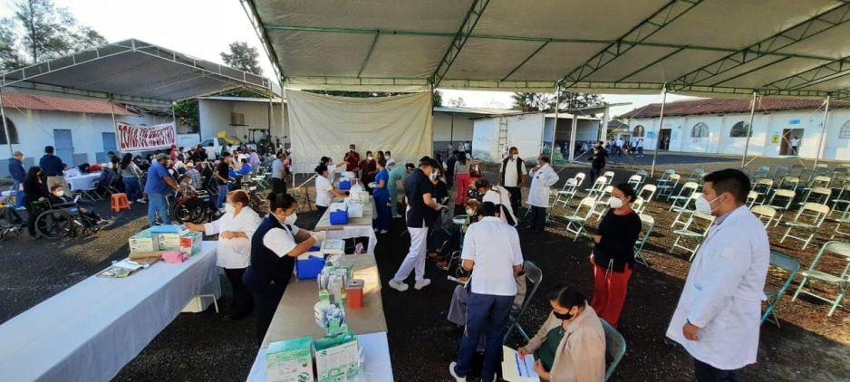 Arranca la vacunación contra el Covid-19 en Teziutlán