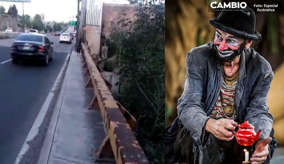 Vagabundo disfrazado de payaso y con un machete corretea a mujeres en el Rio Atoyac (VIDEO)