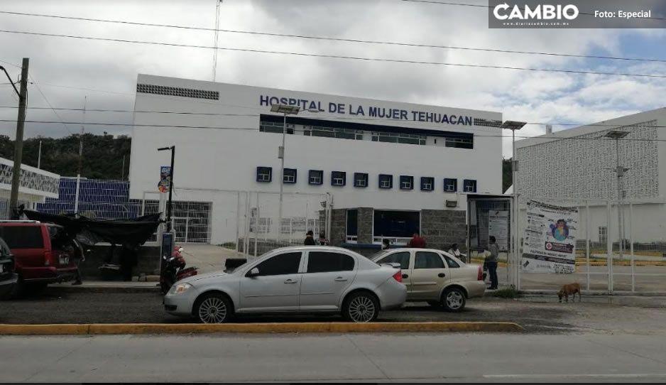 Por negligencia médica mami pierde a un gemelo en Tehuacán
