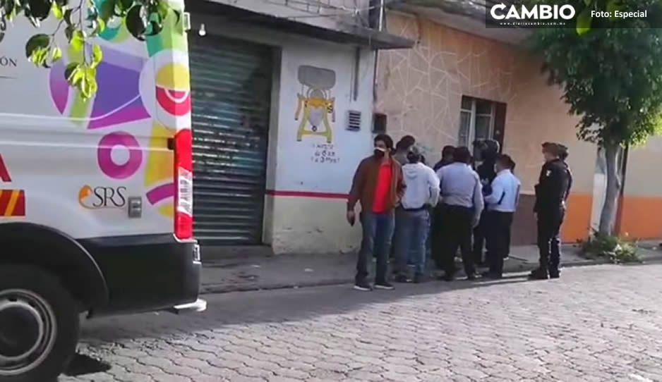 ¡Qué familia! A golpes y cuchilladas se diputan herencia familiar en Tehuacán