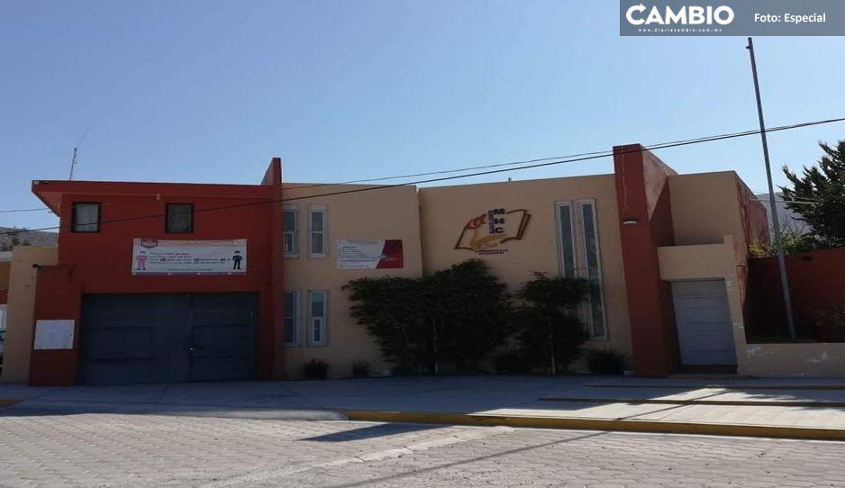 Cierran bachillerato en Tecamachalco; temen a brote de COVID