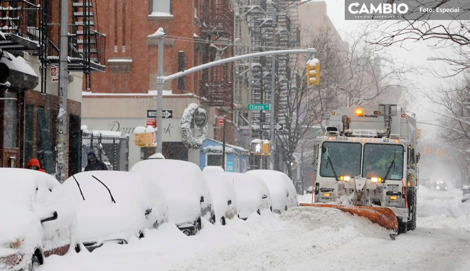 Intensa tormenta de nieve azota Nueva York, así lucen las calles (VIDEO)