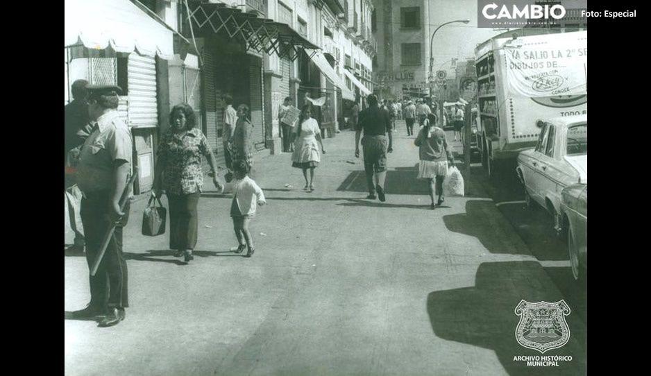 FOTO: Así lucía la calle 5 de Mayo sin ambulantes hace 46 años