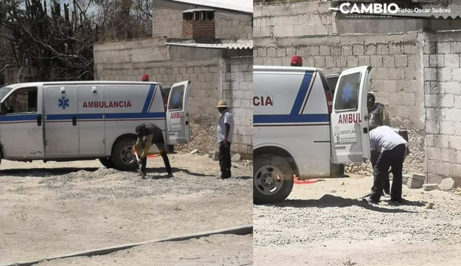 ¿Cuál emergencia? Utilizan ambulancia  para transportar grava en Xochitlán Todos Santos