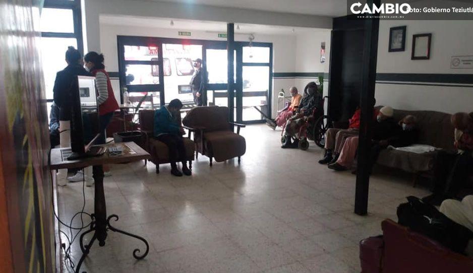 Vacunan a los abuelitos del asilo municipal de Teziutlán