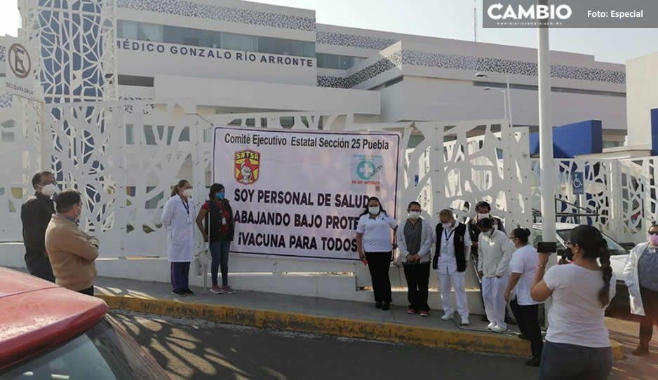 Personal médico protesta en Atlixco; exigen ser vacunados o no apoyaran la vacunación a abuelitos
