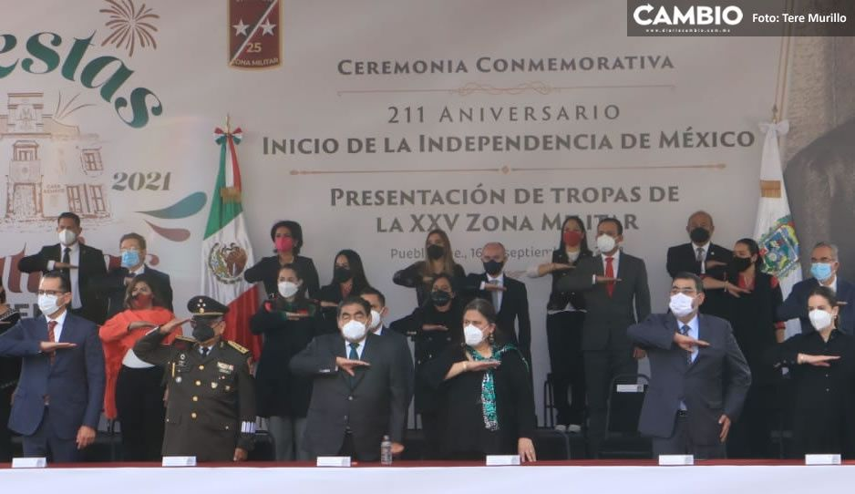 Barbosa encabeza ceremonia Conmemorativa al 211 Aniversario del Inicio de Independencia (FOTOS y VIDEO)