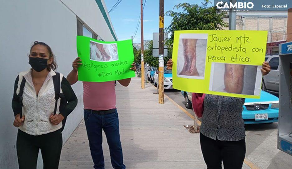 Acusan de negligencia médica a ortopedista del IMSS en Tehuacán