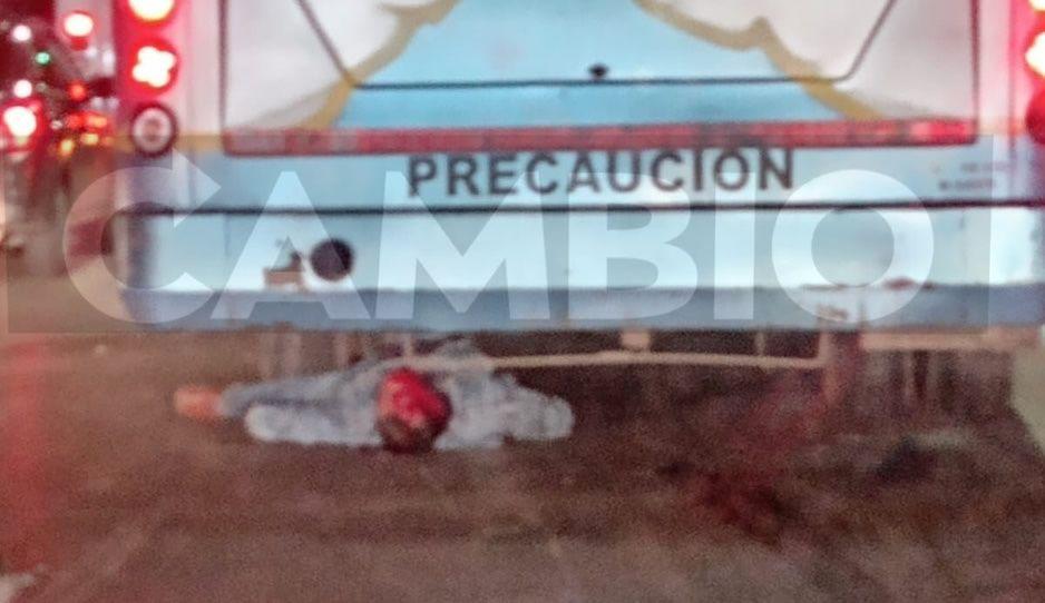 Cafre de ruta Santa Ana atropella y mata a motociclista en autopista México-Puebla