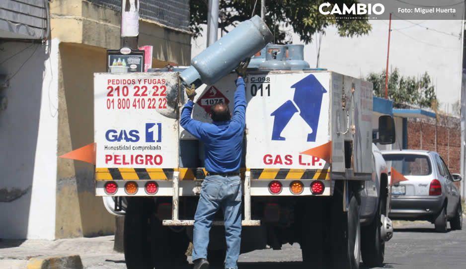 Profeco clausura Gas Uno de Cuautlancingo por vender cilindros en pésimas condiciones (VIDEO)