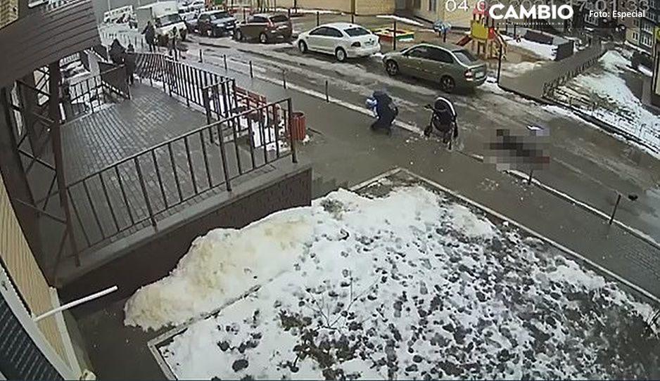 TERRIBLE VIDEO: Ruso se lanza de edificio para suicidarse y aplasta a bebito