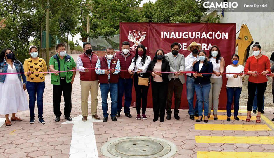 Lupita Daniel inaugura pavimentación de la Calle Leona Vicario en Sanctorum