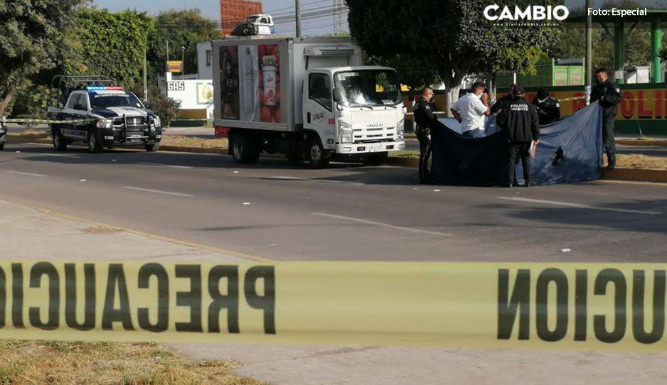 Abuelito intentaba cruzar la calle cuando una camioneta de Lala lo atropelló y mató en Tehuacán